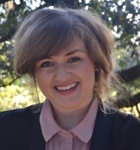 Elisabeth Fondren_Headshot 2019